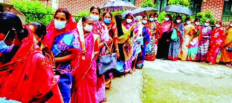 Interest in getting Covid vaccine growing in Chitalmari