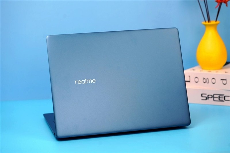 realme releases its first laptop series