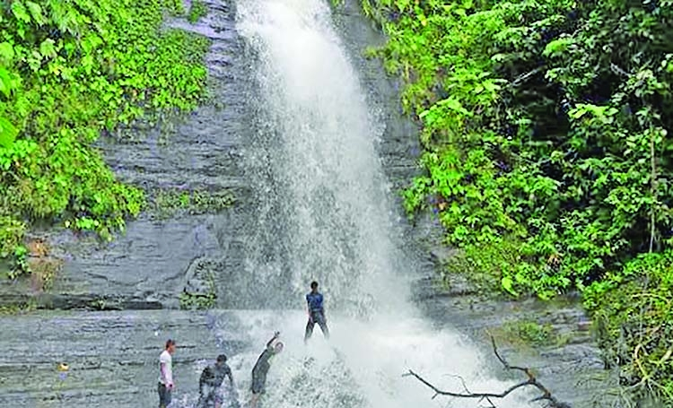 Kasing waterfall in Khagrachari