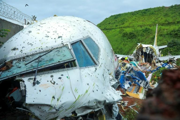 Pilot at fault in deadly India plane crash last year, investigation finds