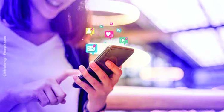 To Be or Not To Be With Social Media