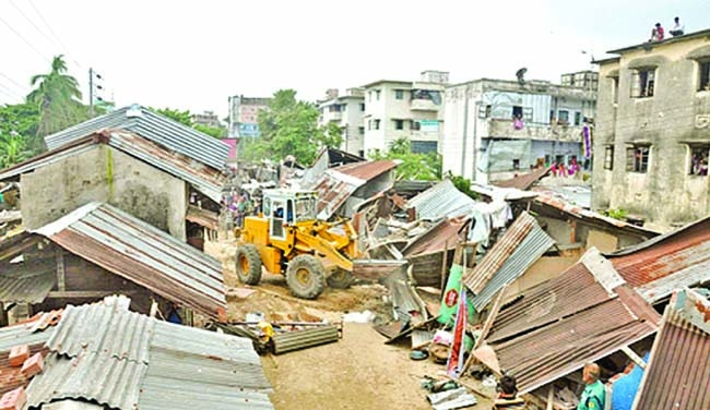 CPA evicts 2 illegal jetties