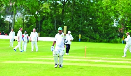 UK parliament members win in a friendly cricket match