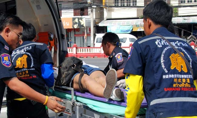 Series of blasts hit resort towns in southern Thailand