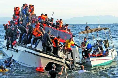 60 missing after ship sinks off Yemen