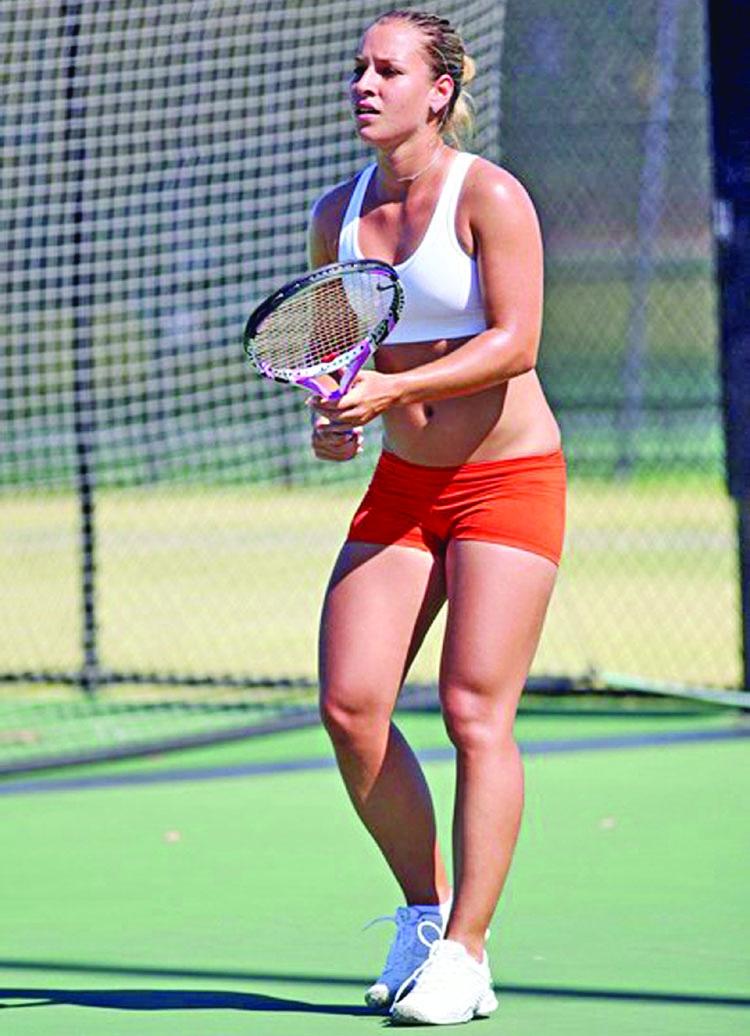 Cibulkova, Wozniacki win in Sydney