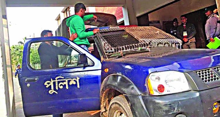 Sirajganj addl SP's driver threatens OC