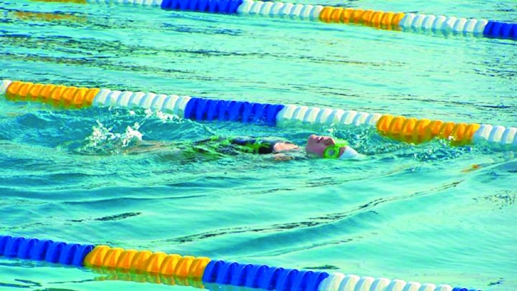 Muslim girls must swim with boys