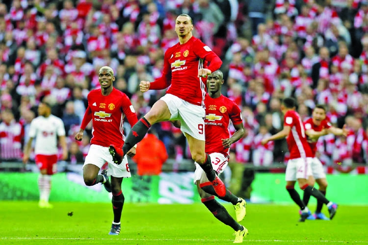 Zlatan\'s header clinches win at Wembley