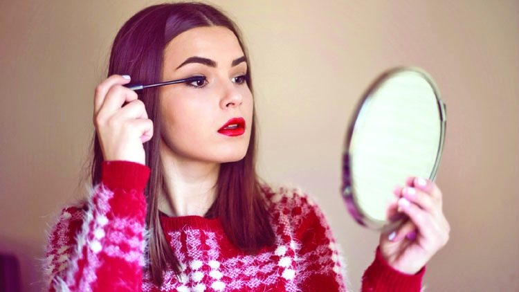 Things no one ever tells you about mascara