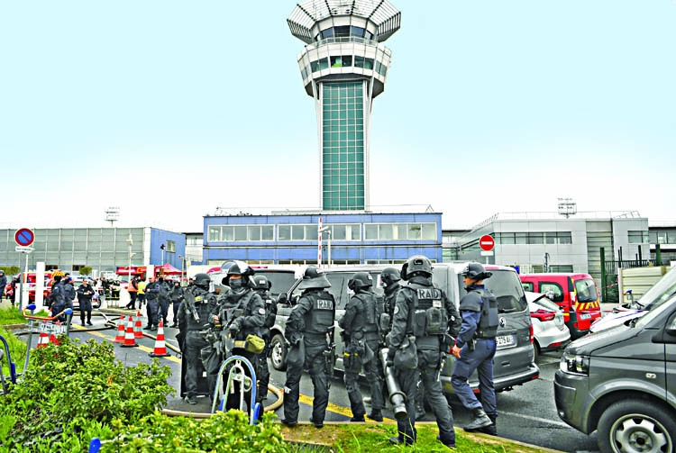 Listed terrorist shot dead  at Paris Orly airport