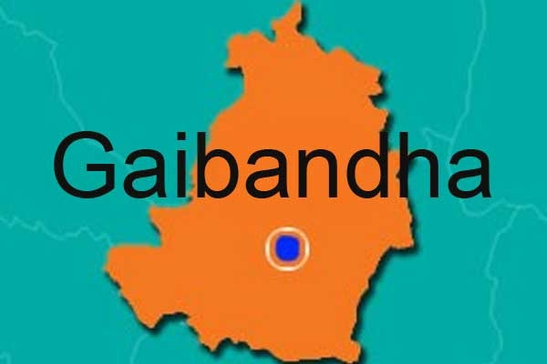 5 killed in Gaibandha bus plunge