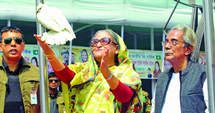 Uplift weaving industry: PM