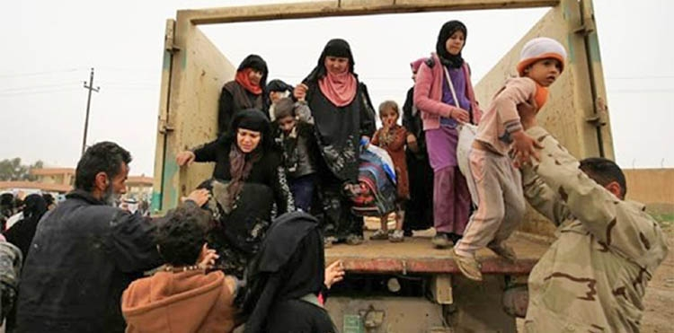 Iraq says more than 180,000 displaced from west Mosul