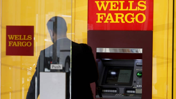Wells Fargo's profit flat as costs, mortgages weigh