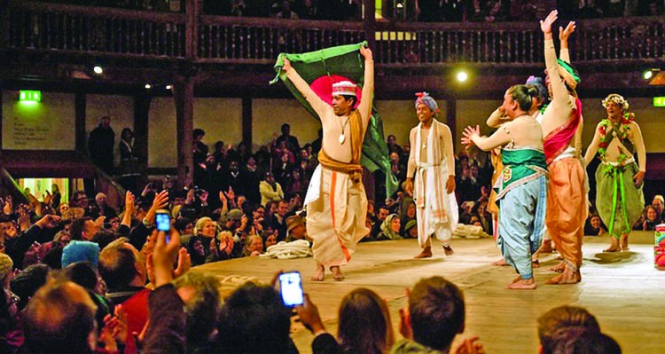 Asian theater: Tradition and trend