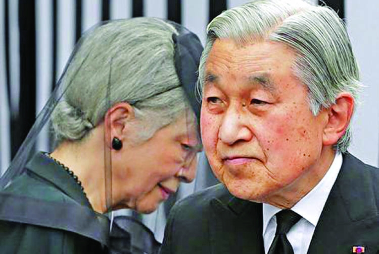 Japan approves bill to abdicate emperor