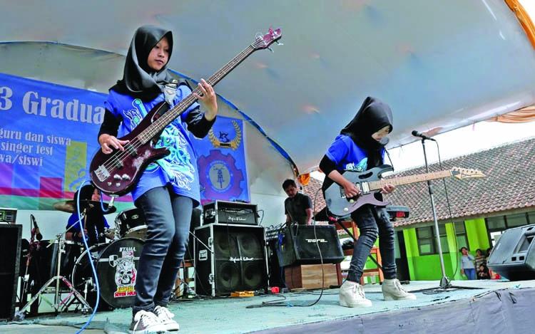 Muslim Metal Heads Breaking Stereotype In Indonesia  The -6204