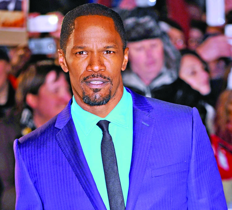 Jamie Foxx says dating at age 49 is 'Tough'