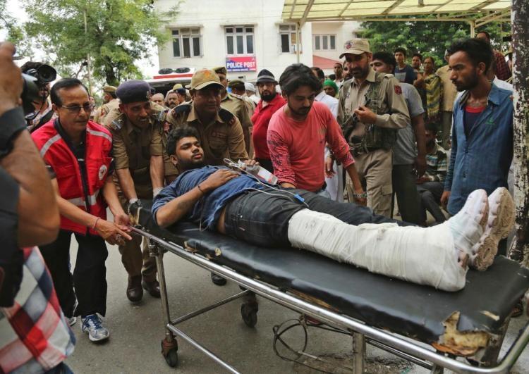 16 Hindu pilgrims killed in Kashmir road crash