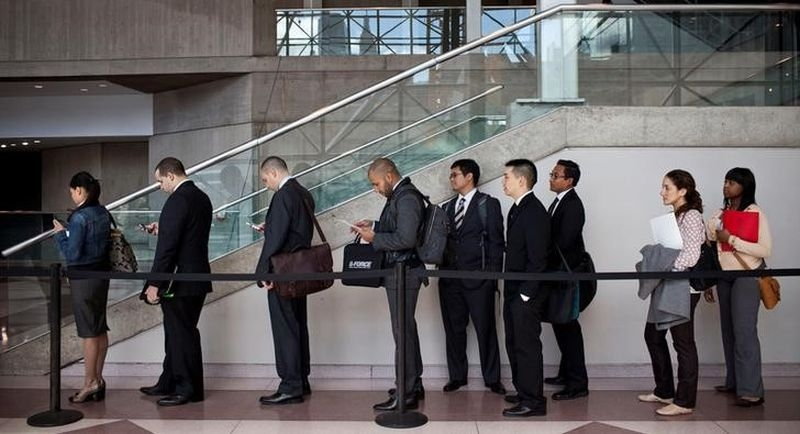 US firms face hiring difficulties: Business survey