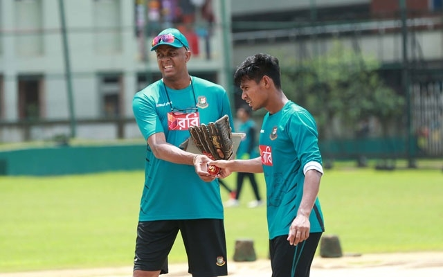 Mustafizur's bowling action unlikely to be changed, say mentor Walsh
