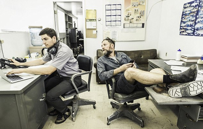 1 in 4 employees gets scolded by boss over work clothes