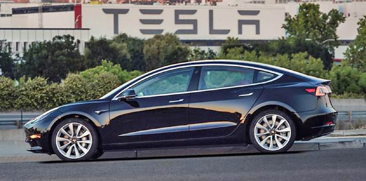 Musk Hands Over Model 3 Electric Cars To Ers