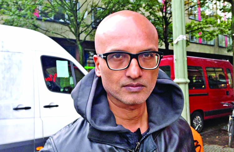 Narcopolis is a love letter to Bombay: Jeet Thayil