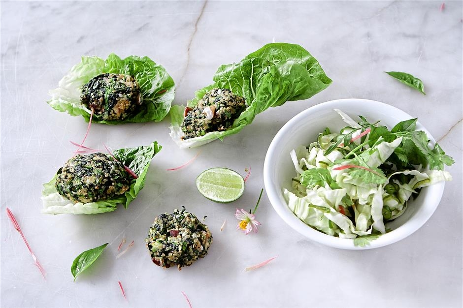 Baked spinach fish cakes with chilli lime dressing