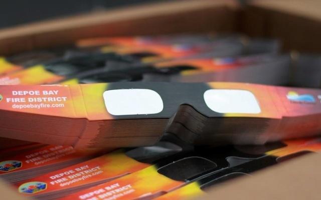 Total eclipse: Fake sunglasses flood US shops