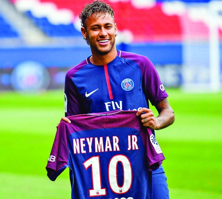 Barcelona clear Neymar to make PSG debut