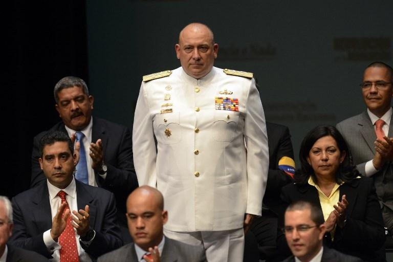 Peru, Venezuela expel each other's envoys