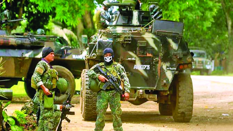 Three captives escape Philippine militants after fake ransom