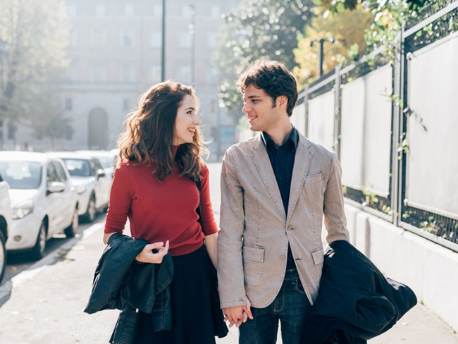 11 ways to make a great first impression on a date