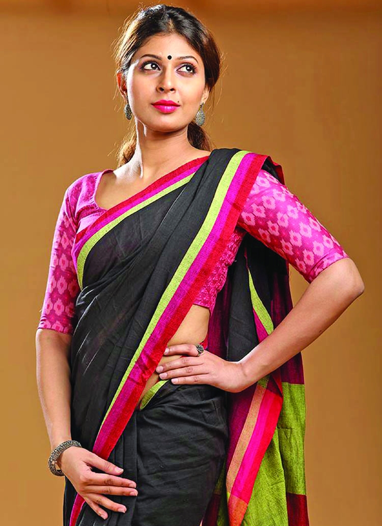 How to wear sarees for office?