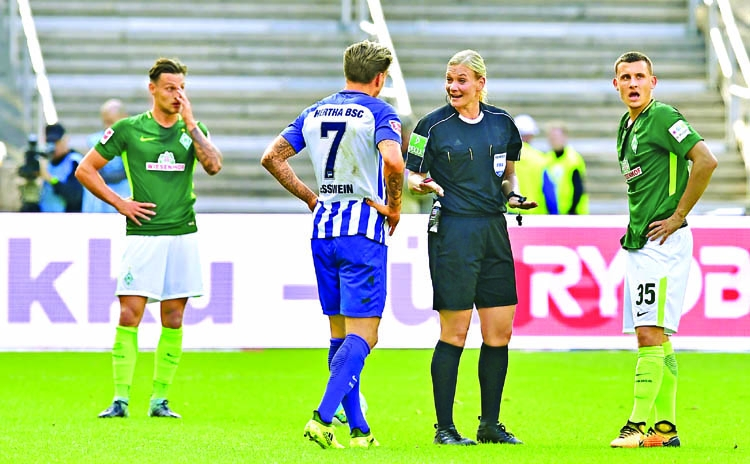 Bibiana becomes first female referee in Bundesliga
