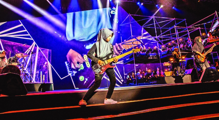 In Indonesia, 3 Muslim girls fight for their right to play heavy metal