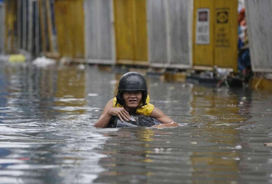 2 die in landslides after Philippines hit with heavy rain