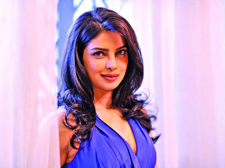 Priyanka to sign 2 Bollywood films post Quantico
