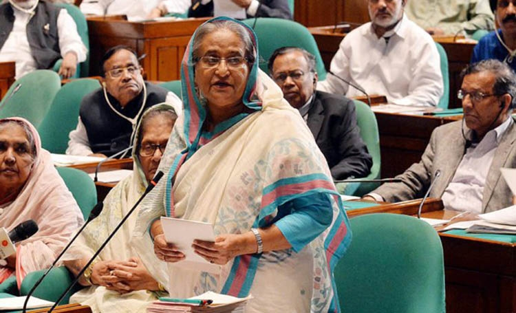 Sheikh Hasina should do an Indira Gandhi
