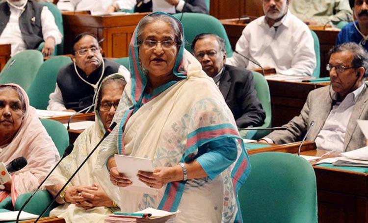 Sheikh Hasina should do an Indira Gandhi