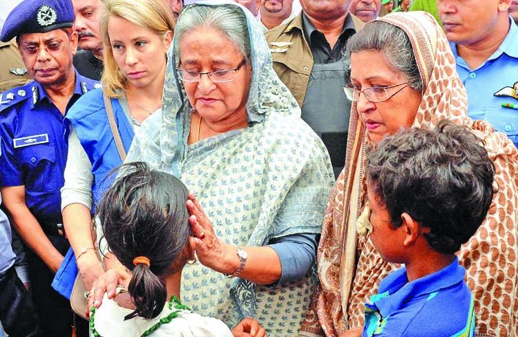 'End violence, take back Rohingyas'