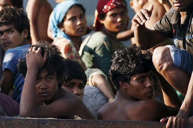 Al Qaeda warns Myanmar over Rohingyas