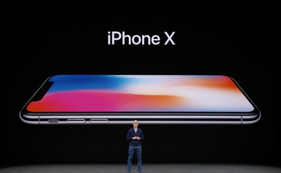 Planning to buy iphone X? Everything you need to know