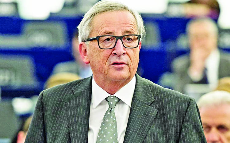 Let our journalists go: Juncker