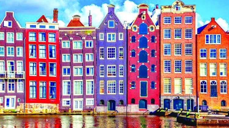 MUFG picks Amsterdam as post-Brexit EU base