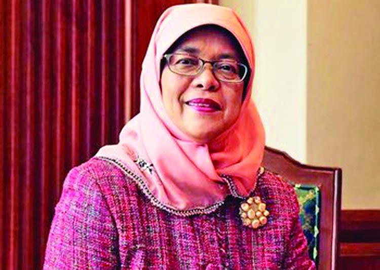 Singapore gets 1st female president