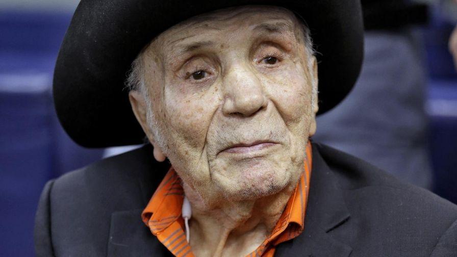 Boxing legend, Jake LaMotta, dies at 95