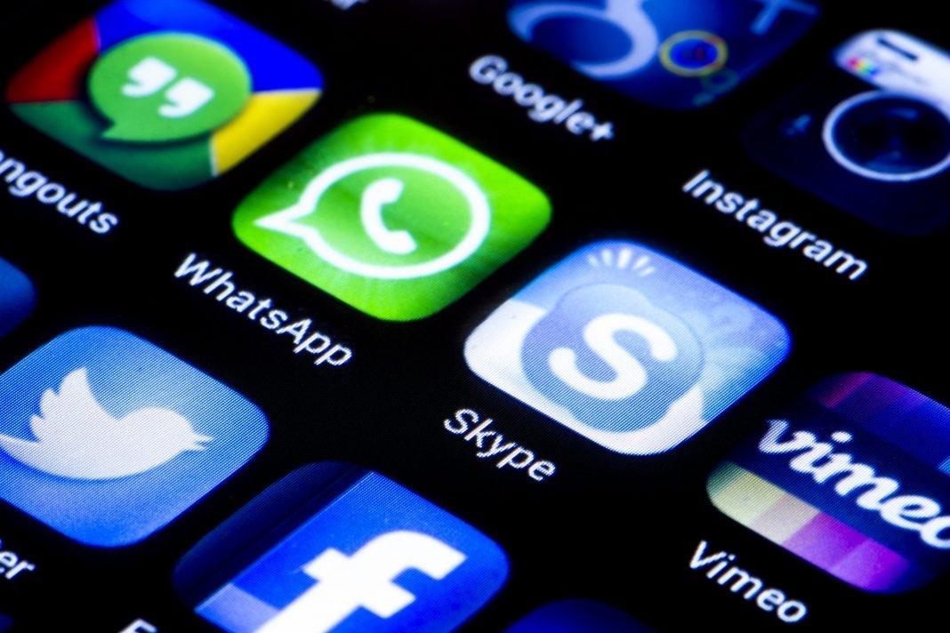 Saudi is lifting Skype, WhatsApp ban